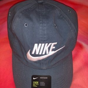 Nike Accessories - Nike Heritage86 Cotton Twill Hat in Cerulean